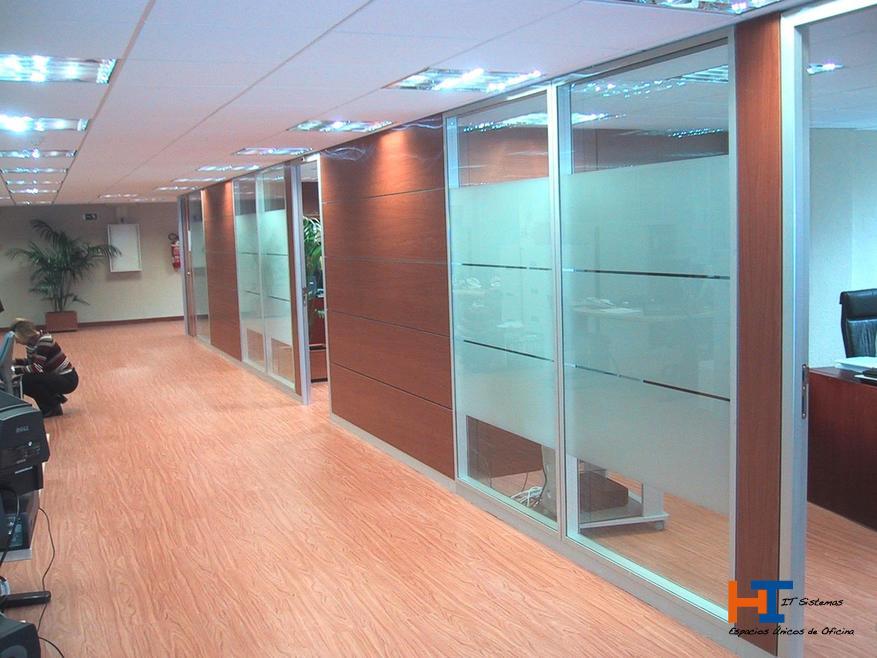 Mamparas de oficina en Pinto